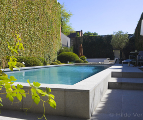Binnenzwembad priv zwembad zwembad overloopzwembad mozaiek zwembaden betonnen zwembaden - Zwarte pool liner ...