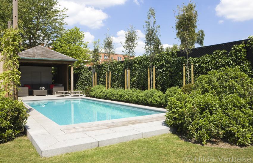 Buitenzwembad monoblock polyester zwembad in tuin de for Monoblock zwembad
