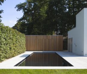 Zwembaden aanleggen maak uw keuze op de mooiste zwembaden - Zwarte pool liner ...