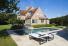 Luxe bouwkundig zwembad betegeld in mozaïek, offerte buitenzwembad