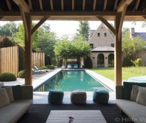 Exclusief buitenzwembad aanleggen, bouwkundig zwembad