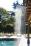 Tuindouche aan houten poolhouse in landelijke stijl