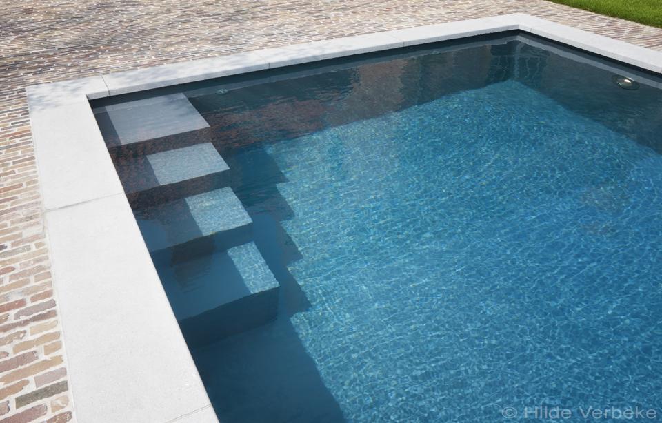 Skimmer zwembad bekleed met folie aanleggen bouwkundig zwembad de mooiste zwembaden - Witte pool liner ...