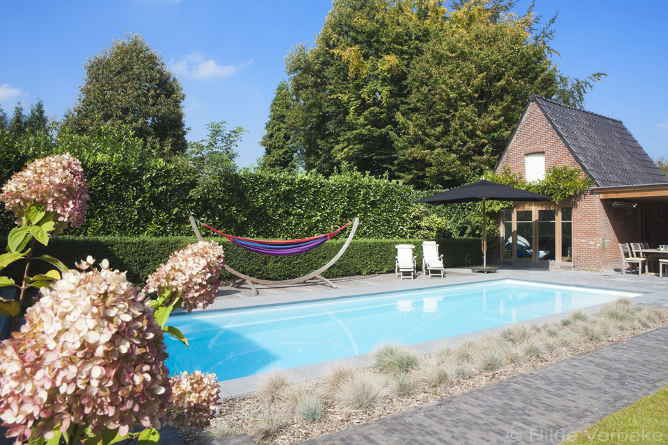 Starline monoblok zwembad met lounge trap de mooiste for Zwembad houtlook