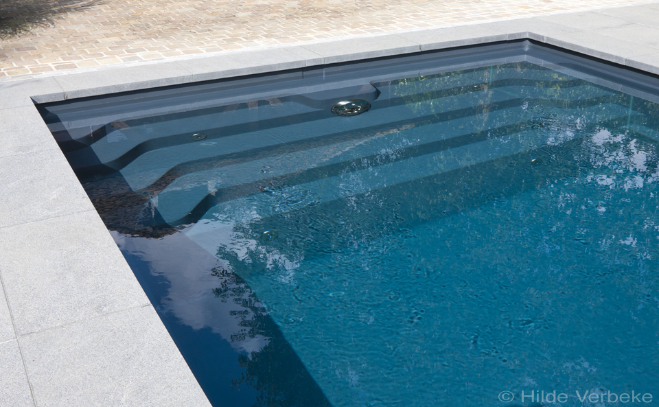 Starline monoblok zwembad in antraciet kleur voorzien van jetstream de mooiste zwembaden - Zwembad kleur liner ...