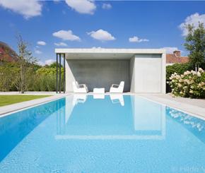 Buitenzwembaden categorie de mooiste zwembaden - Witte pool liner ...