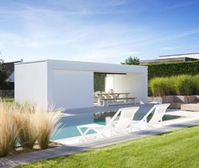 moderne poolhouse, betonnen strakke poolhouse