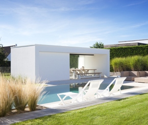 moderne poolhouse, betonnen strakke poolhouse