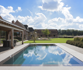 luxe zwembad, bouwkundig zwembad