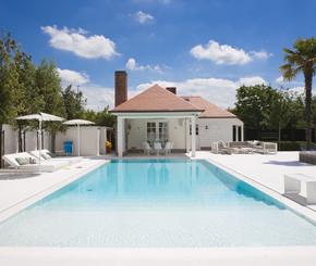 renovatie betonnen zwembad, My pool by Hugelier
