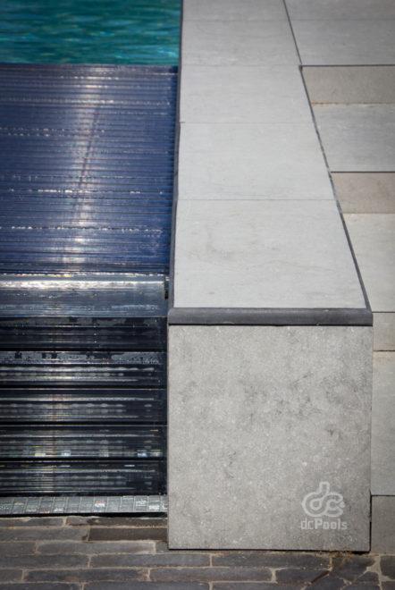 Automatische rolluik beton zwembad