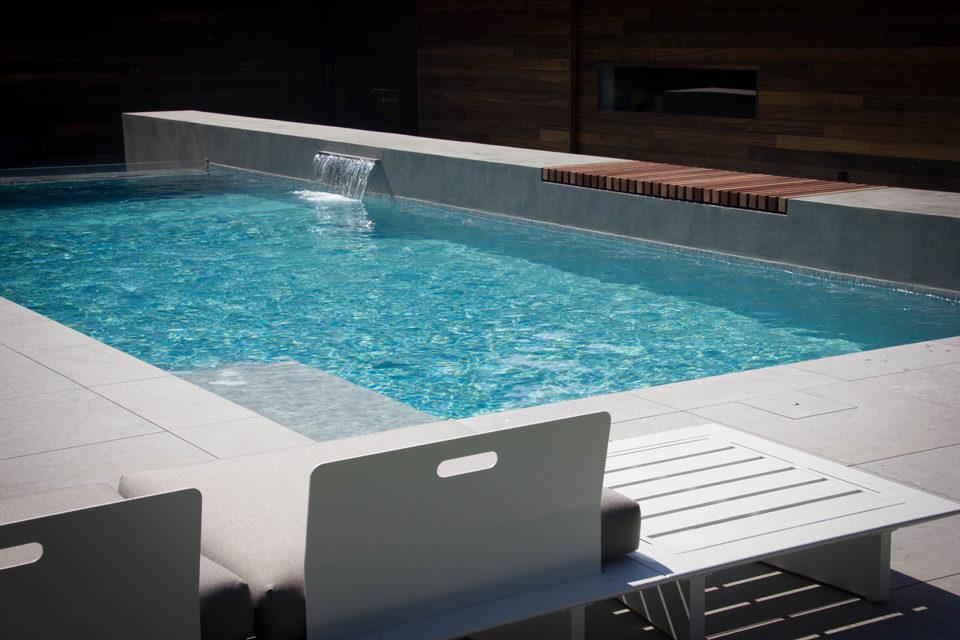 Beton zwembad glasmozaiek