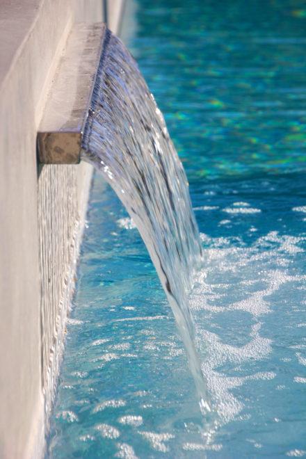 Inox waterval zwembad-1