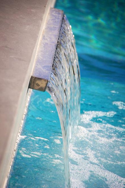 Inox waterval zwembad