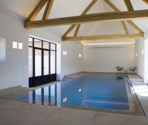 overloop zwembad voorzien van 2 underwater windows, My Pool by Hugelier