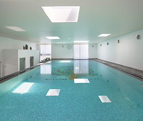 opbouw binnenzwembad door H2eau systems aangelegd