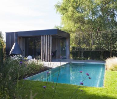 inox zwembad aangelegd door Nouv'eau, skimmer zwembad