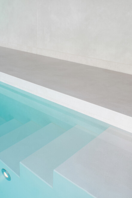 Superlarge-zwembad-in-floorgres-magnum-industrial-ivory-120x240x0,6 (8)