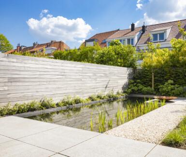 biologisch zwembad, zwemvijver aangelegd door Pur'eau